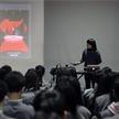 北京服裝學院教授肖彬 來新面孔模特學校講座