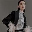 薛冬琪出鏡《嘉人》12月刊時裝大片 以摩登態度再現傳統風尚