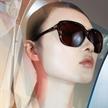 贺聪演绎PRADA全新眼镜系列广告大片