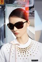 賀聰演繹PRADA全新眼鏡系列廣告大片