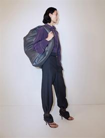张丽娜演绎Bottega Veneta Resort 2020型录