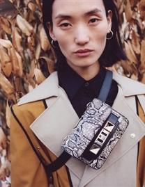张丽娜拍摄Proenza Schouler2019秋冬成衣广告