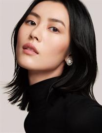 劉雯拍攝Chanel Beauty美妝片