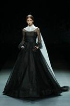 AM.IXAM?馬櫻婚紗禮服亮相中國國際時裝周
