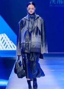 这一季中国时装周新面孔秀霸花落谁家?