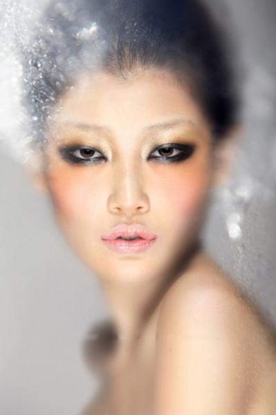 遗传性雀斑应该要怎么治疗_微整美颜_美容整形_模特