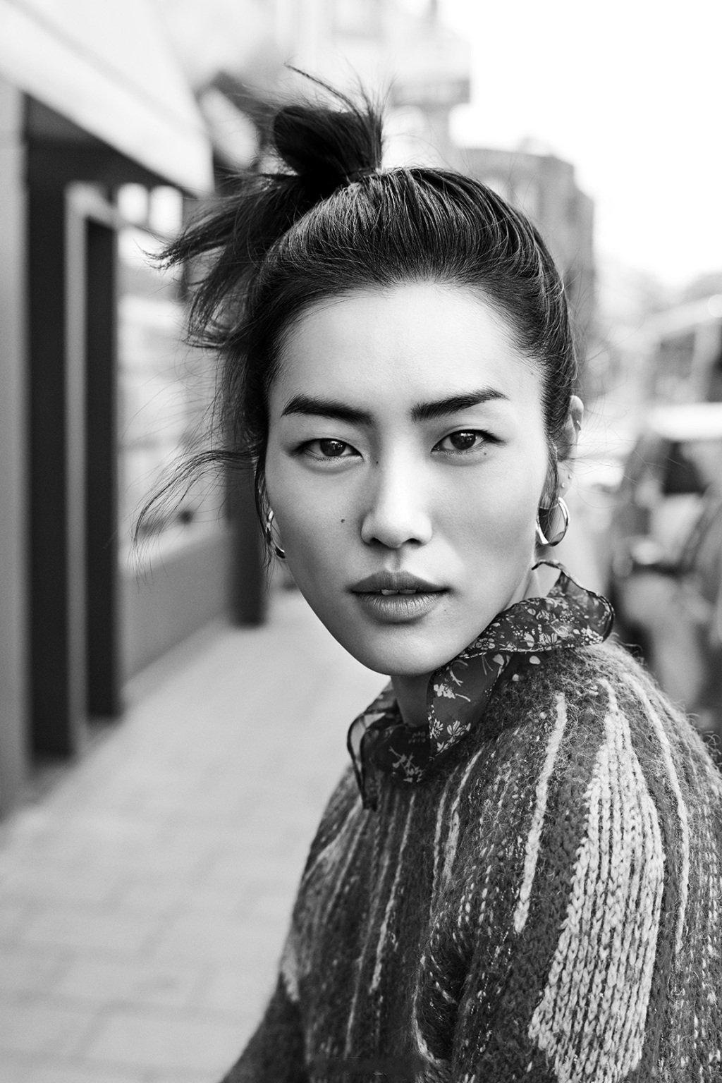 模特中国 时装 风尚星闻 超模刘雯演绎dazzle早春系列广告大片  2019